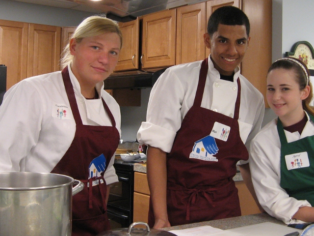 MVHS culinary students